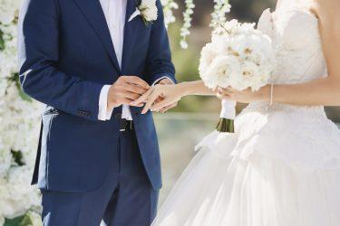 キングコング西野は結婚している?現代の結婚式に疑問を抱いていた!